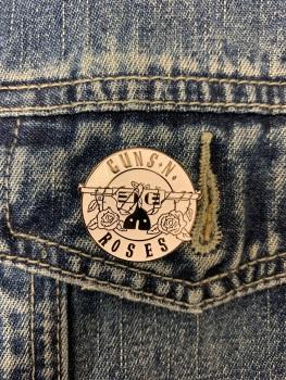Guns N Roses Music Enamel Metal Pin Badge #0095