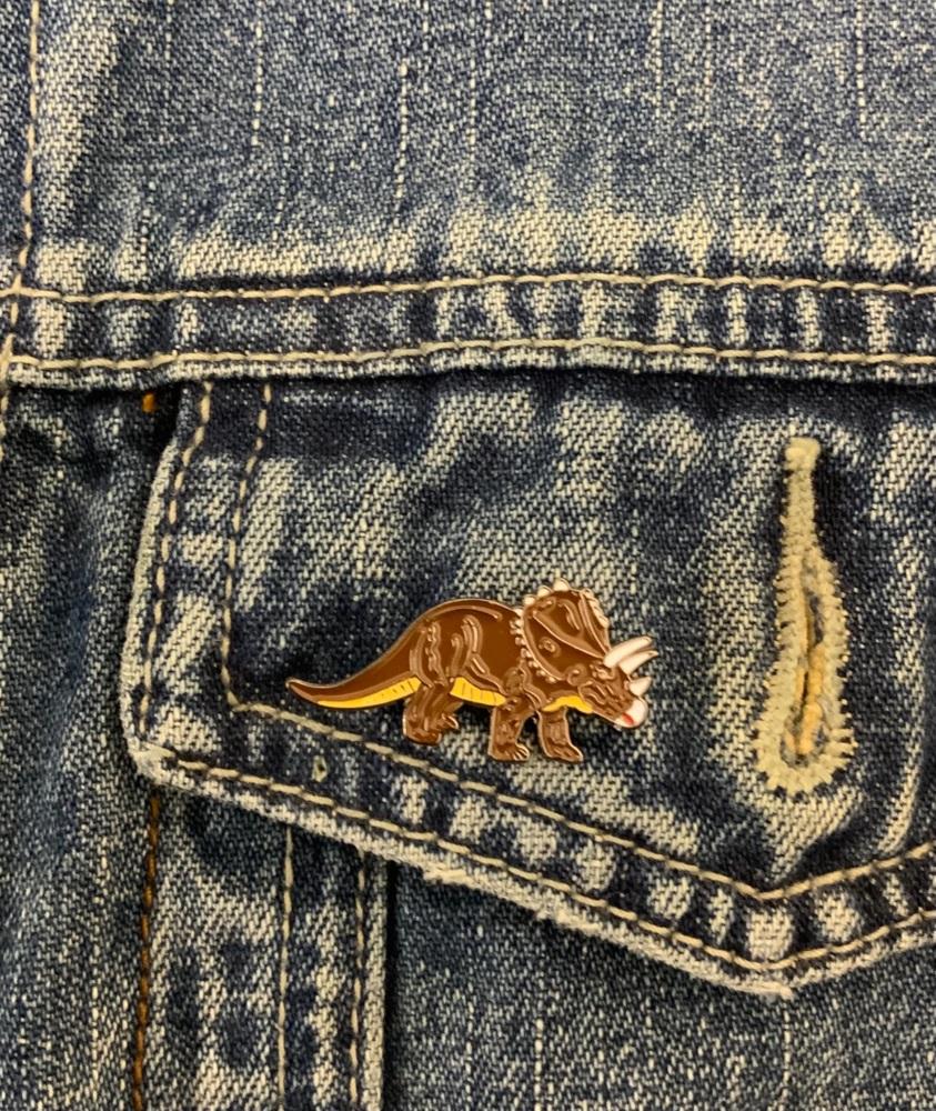 #0117 Triceratops Dinosaur Enamel Metal Pin Badge