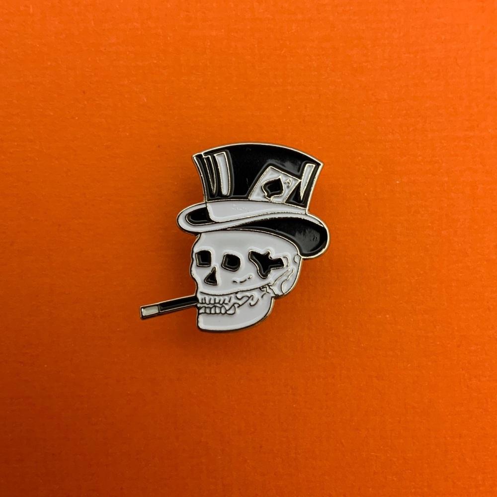 Smoking Skull Metal Enamel Pin Badge #0028