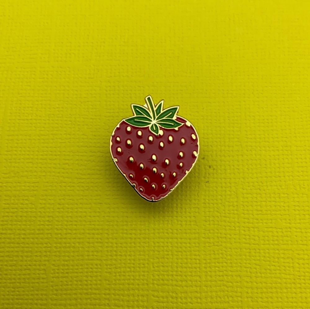 Strawberry Enamel Metal Pin Badge #0129