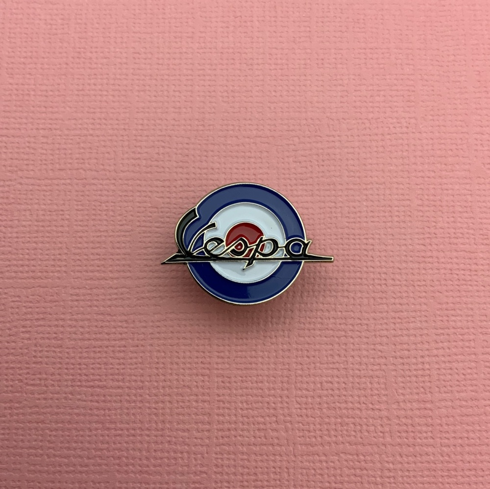 Vespa MOD Roundel Enamel Metal Pin Badge #0039
