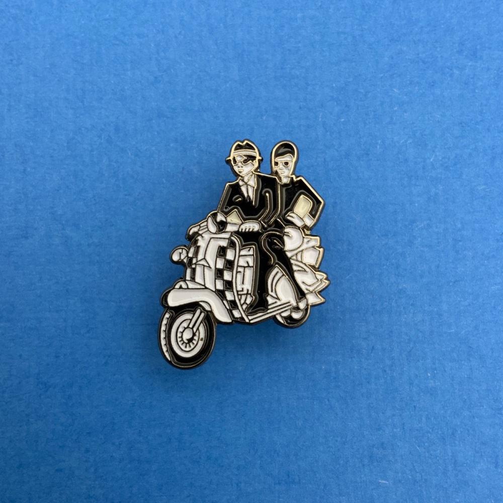 #0110 Ska Scooter Couple Mods Enamel Metal Pin Badge