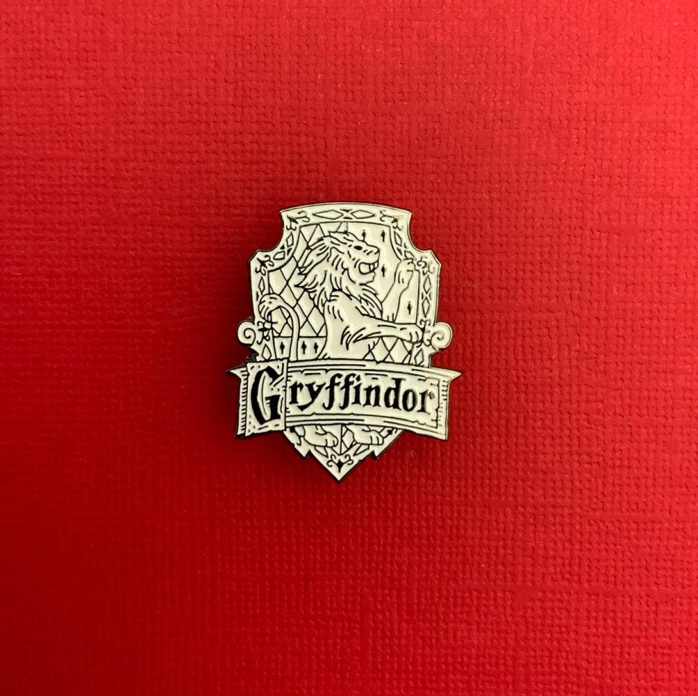 Gryffindor Crest Metal Enamel Harry Potter Pin Badge #0053