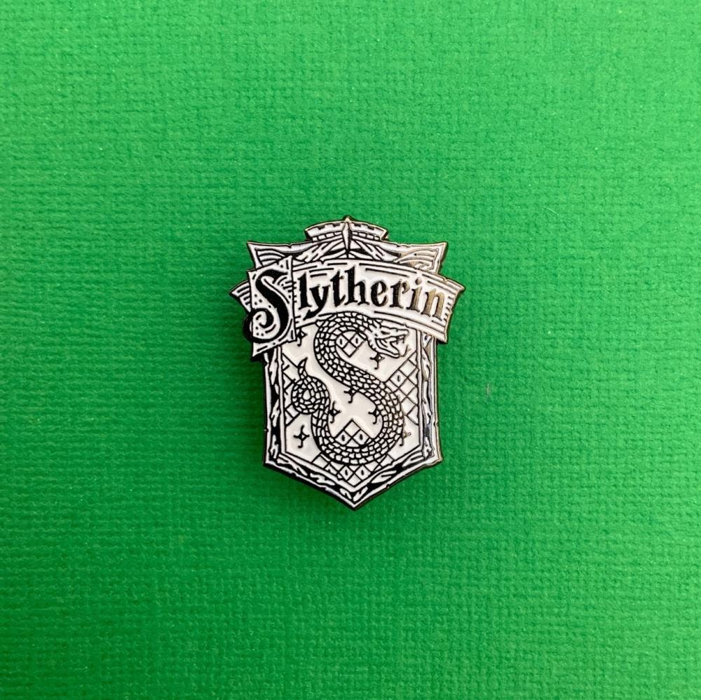 Slytherin Crest Metal Enamel Harry Potter Pin Badge #0054