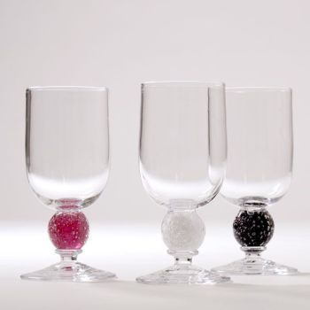 Stellar Wine Glass | cranberry