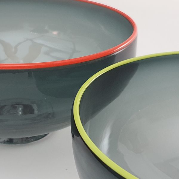 Zest Bowl | grey with trailed coloured glass rim