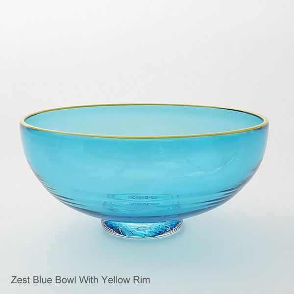 <!-- 004 -->Zest Bowl | blue with trailed rim