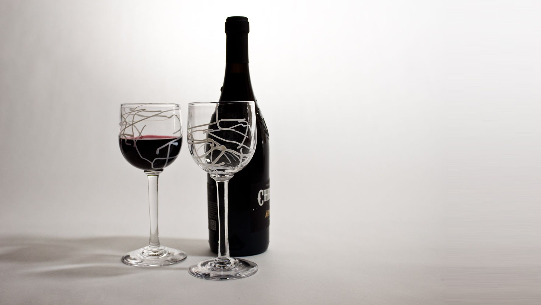Wine glasses for red and white
