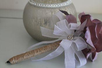 Lilac Flower Pen