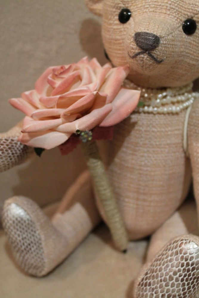 Peach Rose Flower Pen