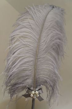 Extra Large Grey/Silver Ostrich Feather Pen
