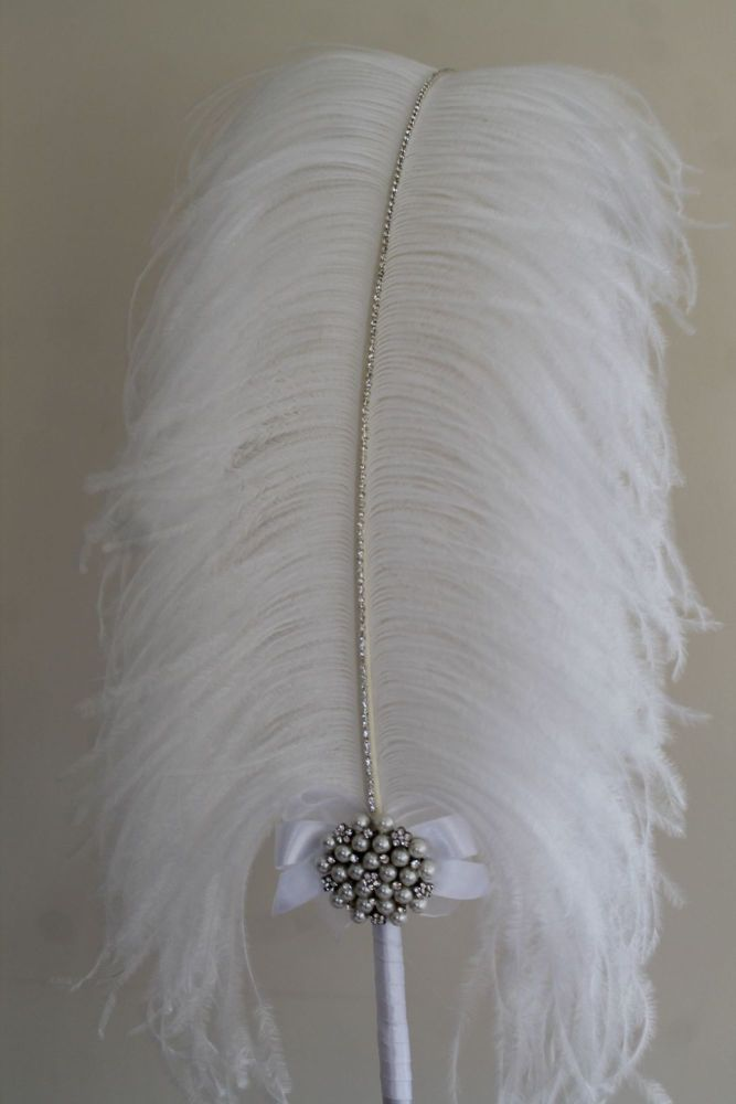 Extra Large White Ostrich Feather Pen