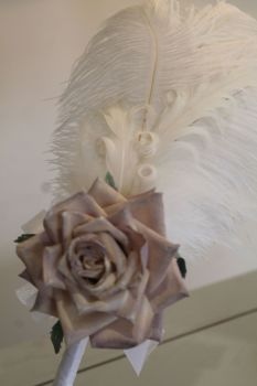 White Ostrich Feather Pen with Flower
