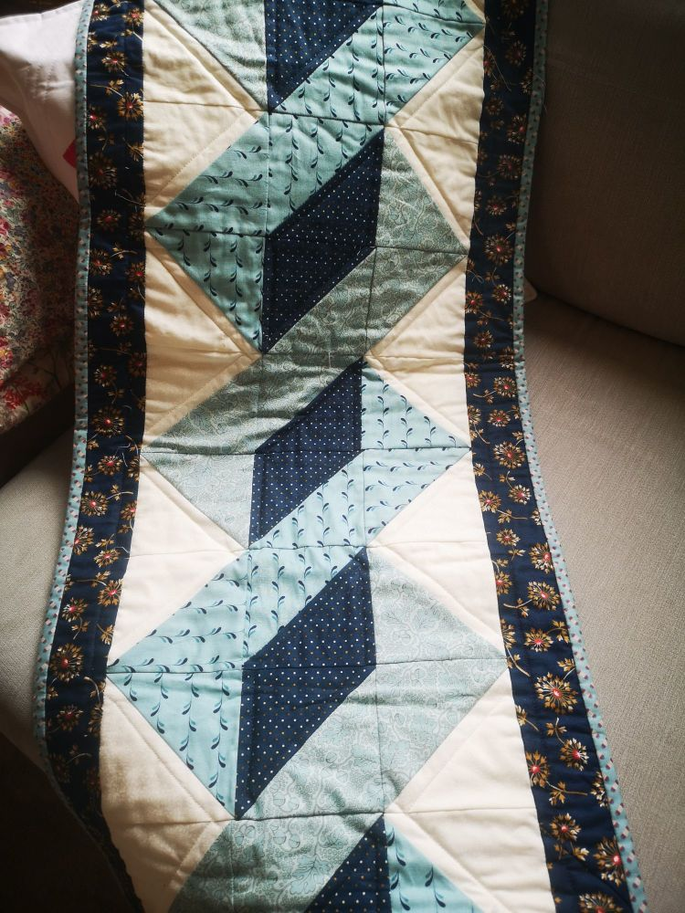 Twisted Pole Table Runner - Makower Spring Bloom fabric