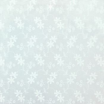 Essentials Daisy white on white