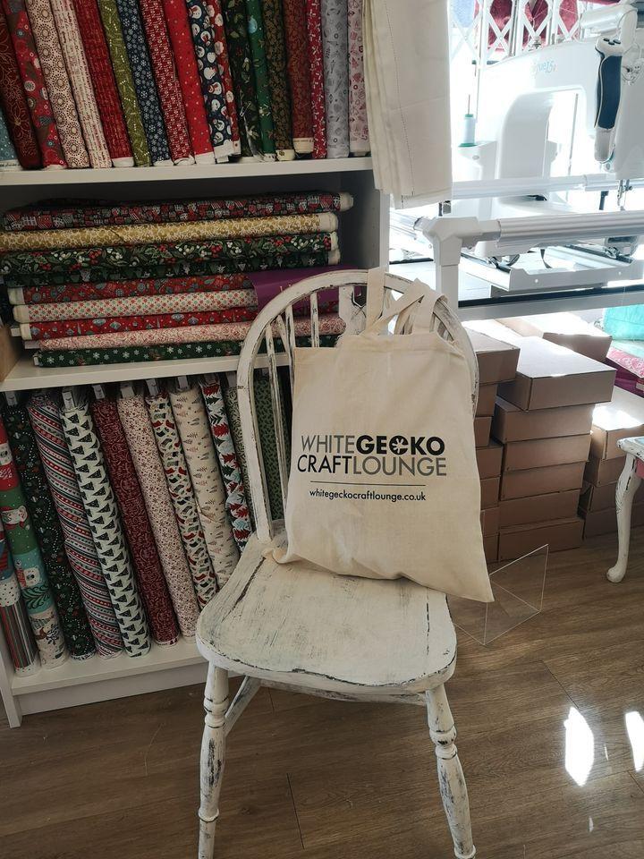 White Gecko Craft Lounge Tote - Logo