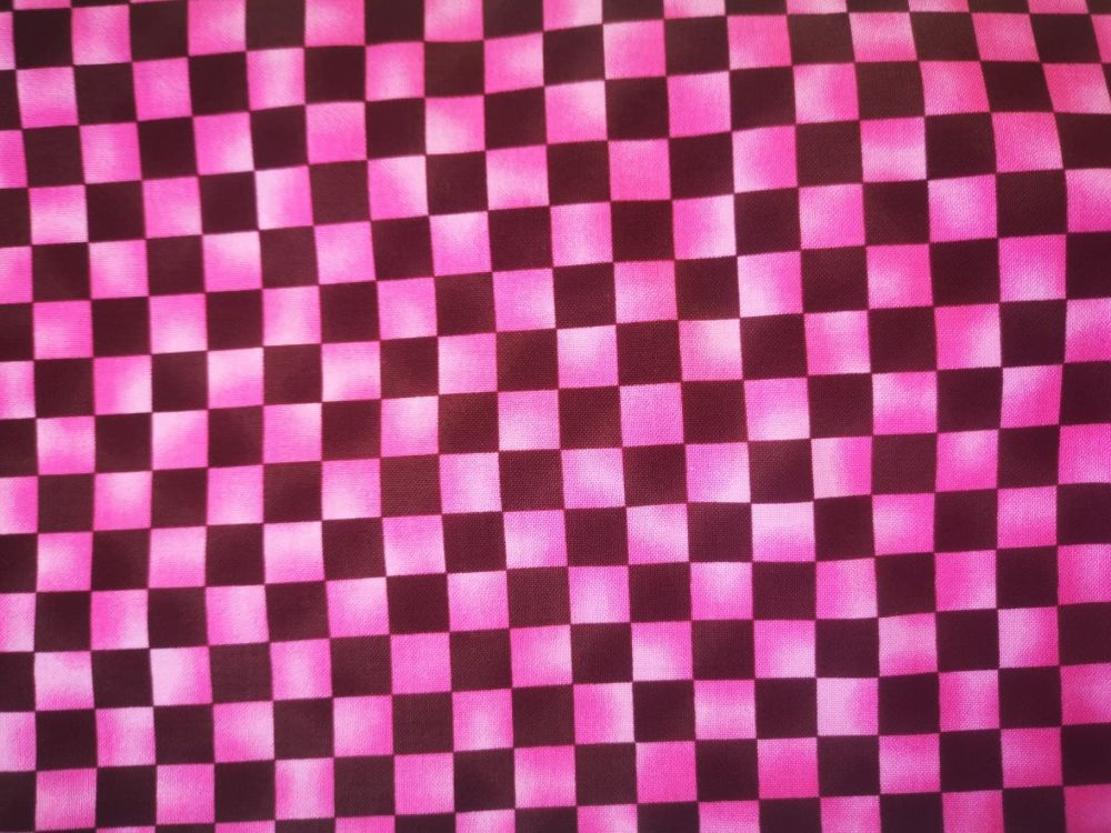 Job Lot 3m Littondale pink and brown checkerboard