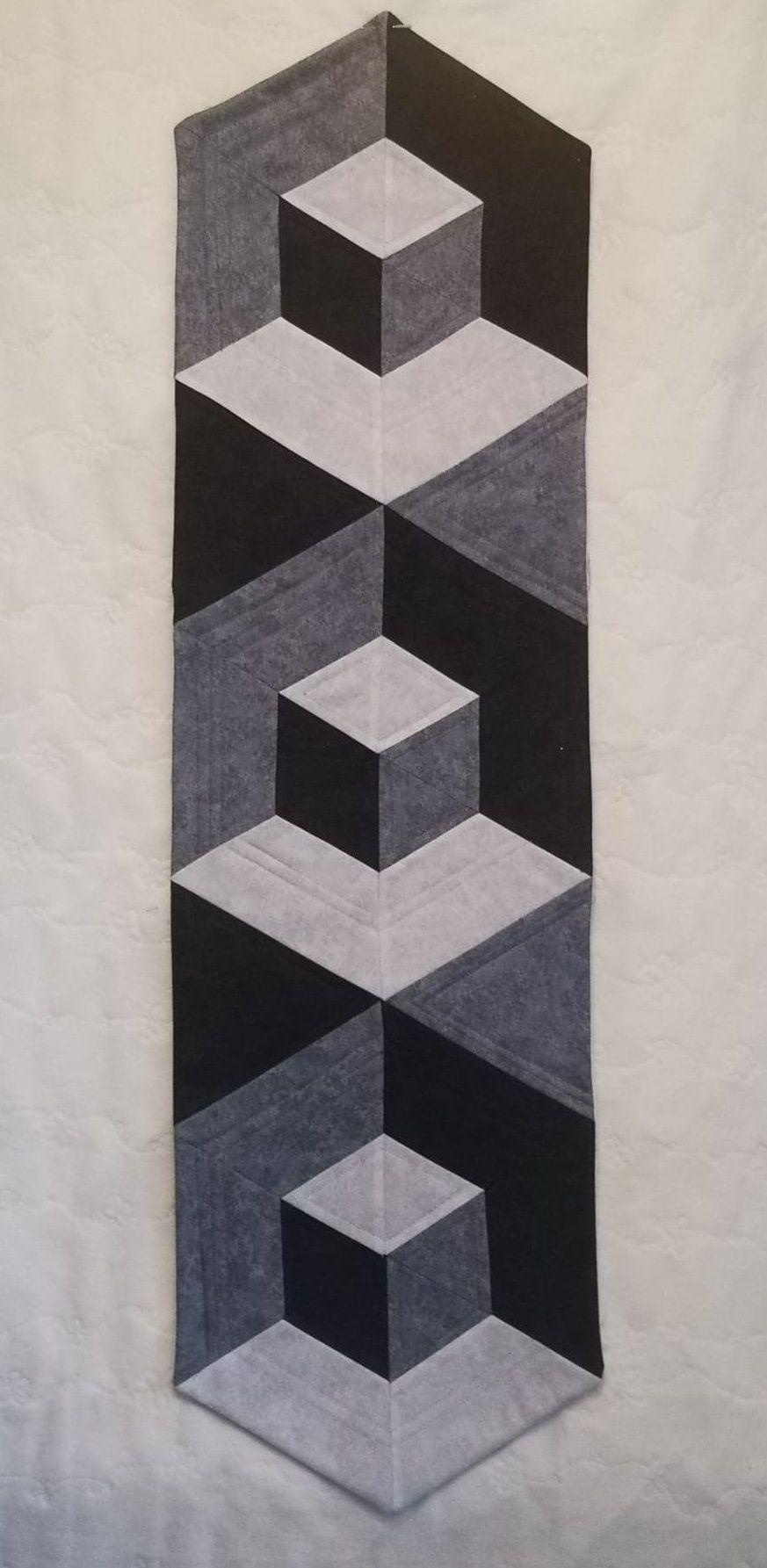 Illusion Table Runner Pattern - Digital Download