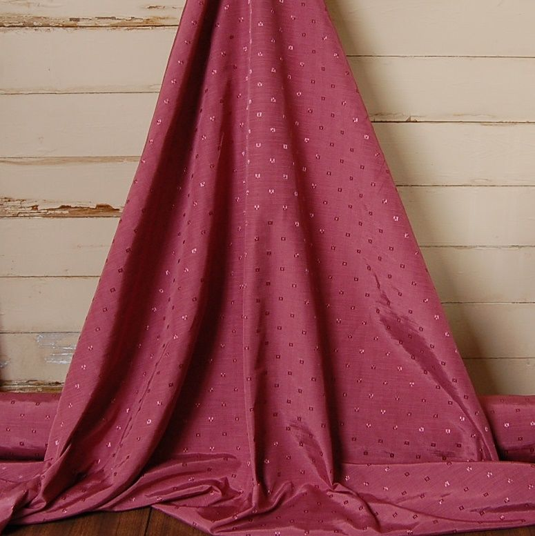 WOVEN CURTAIN FABRIC WITH SMALL SQUARE DETAILING MULBERRY 052C