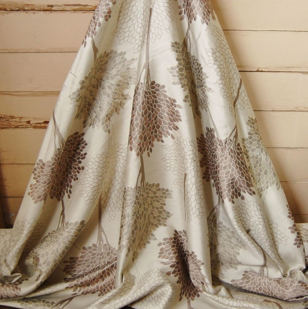 BROWN/GOLD AND CREAM MODERN SILKY FLORAL 078C