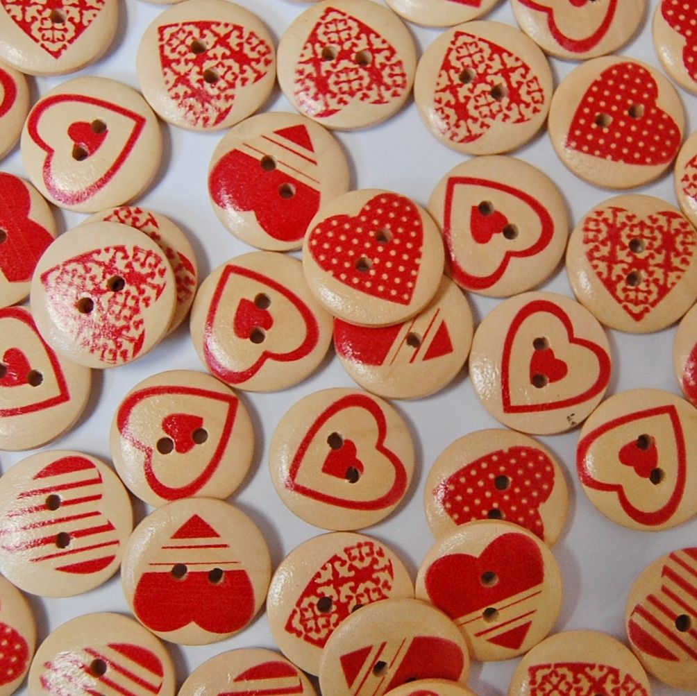 PACK OF 10 WOODEN RED HEART BUTTONS, 20MM - 2 HOLE.