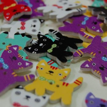 MIXED PACK OF 10 CATS WITH BOW BUTTONS, 2 HOLE.