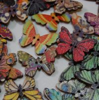 MIXED PACK OF 10 WOODEN BUTTERFLY BUTTONS  - 2 HOLE.