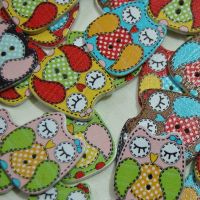 MIXED PACK OF 10 SNOOZY OWL BUTTON EMBELLISHMENTS, 2 HOLE.