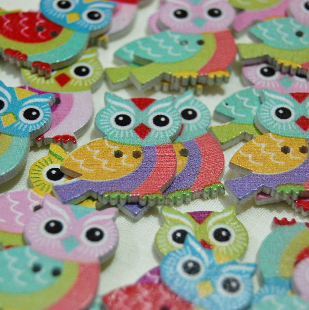 MIXED PACK OF 10 OWL'S ON A BRANCH BUTTON EMBELLISHMENTS, 2 HOLE.