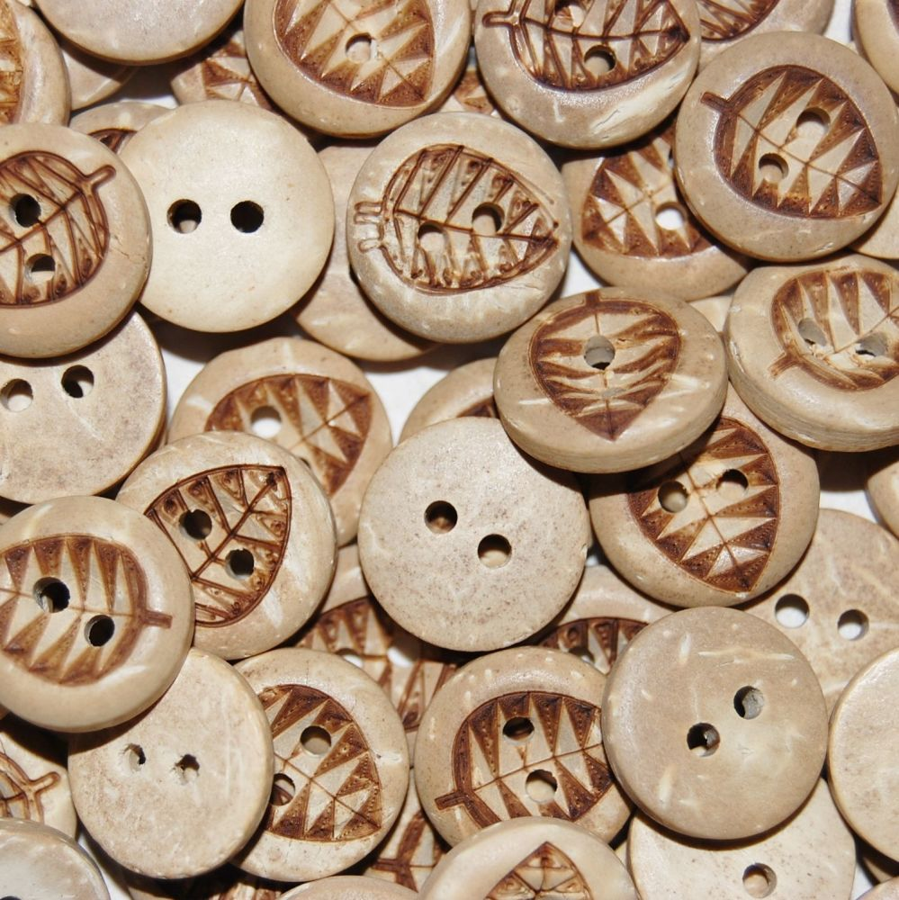 PACK OF 10 NATURAL COCONUT HENNA STAMPED LEAF BUTTONS, 8MM - 2 HOLE.
