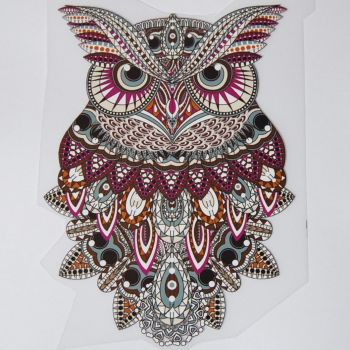 IRON ON OWL DECORATION, 17CMS x 11CMS. IDEAL FOR DECORATING CUSHIONS, CLOTHES ETC.