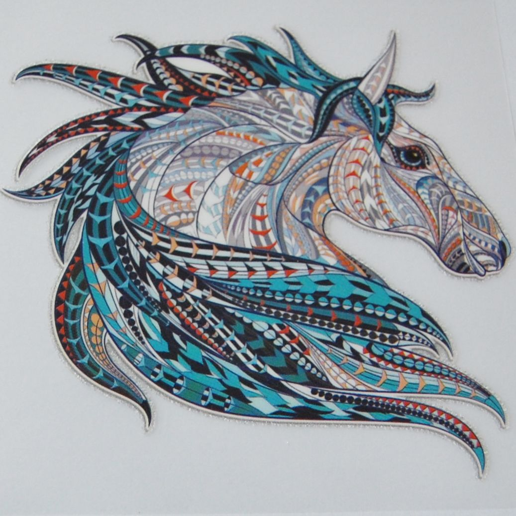 IRON ON HORSE HEAD DECORATION, 8.5CMS x 8CMS. IDEAL FOR DECORATING CUSHIONS