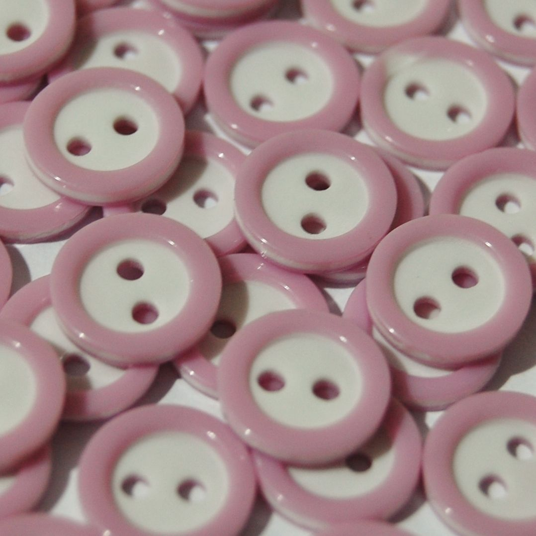 PACK OF 15 2 HOLE 10MM BUTTONS,  DELICATE LILAC AND WHITE.