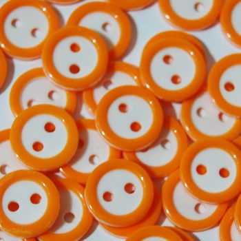 PACK OF 15 2 HOLE 10MM BUTTONS,  IN ORANGE AND WHITE.
