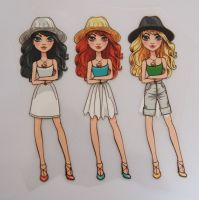 IRON ON TRANSFER 3 GIRLS IN HATS, 11.5CMS x 13CMS. IDEAL FOR DECORATING CUSHIONS, CLOTHES ETC.