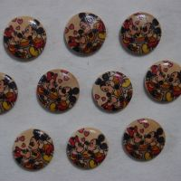 PACK OF 10 VINTAGE MICKEY AND MINNIE RESIN BUTTONS, 20MM - 2 HOLE.