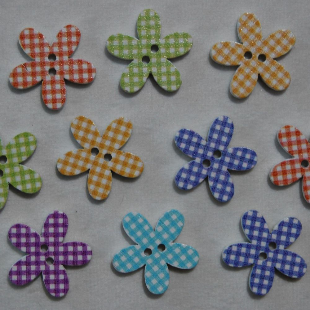 PACK OF 10 GINGHAM CHECK FLOWER BUTTON EMBELLISHMENTS, 22MM.