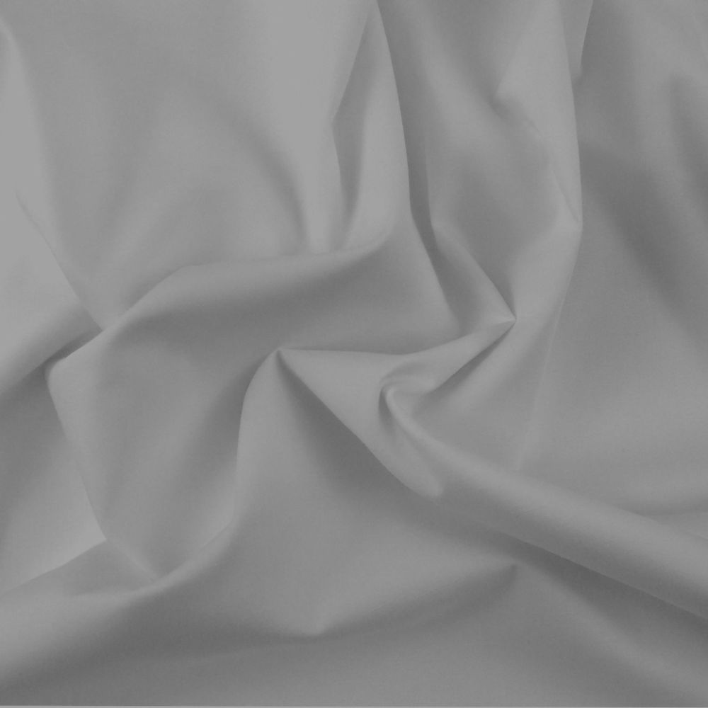 FINE PLAIN DYED POLY COTTON FOR DRESS MAKING, CRAFTS ETC, SILVER.