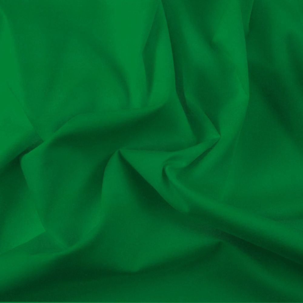 FINE PLAIN DYED POLY COTTON FOR DRESS MAKING, CRAFTS ETC, EMERALD.