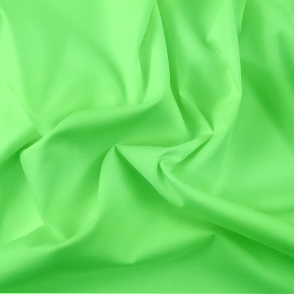 FINE PLAIN DYED POLY COTTON FOR DRESS MAKING, CRAFTS ETC, LIME.
