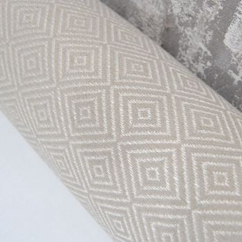 UPHOLSTERY FABRIC WITH DIAMOND PATTERN, SOLD BY THE METRE.