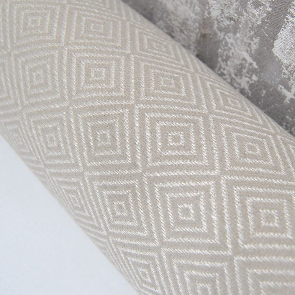 UPHOLSTERY FABRIC WITH DIAMOND PATTERN, SOLD BY THE PIECE.