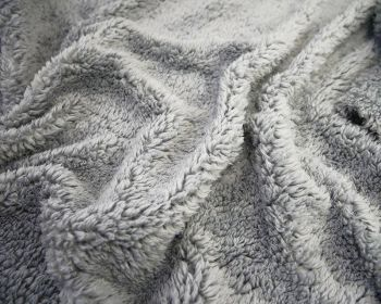 SILVER GREY CUDDLE FUR, FAUX LAMBSWOOL, 61 INCH WIDE.