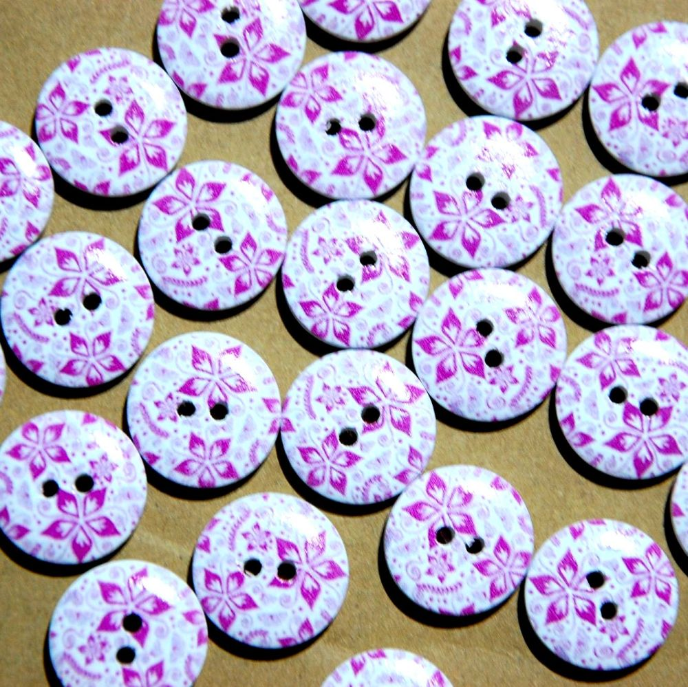 PACK OF 10 SKY LILAC FLOWER RESIN BUTTONS, 20MM - 2 HOLE.