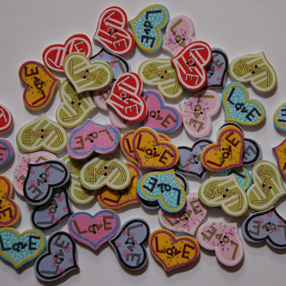 MIXED SELECTION OF 50 HEART SHAPED LOVE BUTTONS