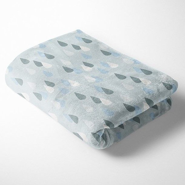 RAINDROPS ON PALE GREY SUPER SOFT CUDDLE FLEECE, 58 INCH WIDE.