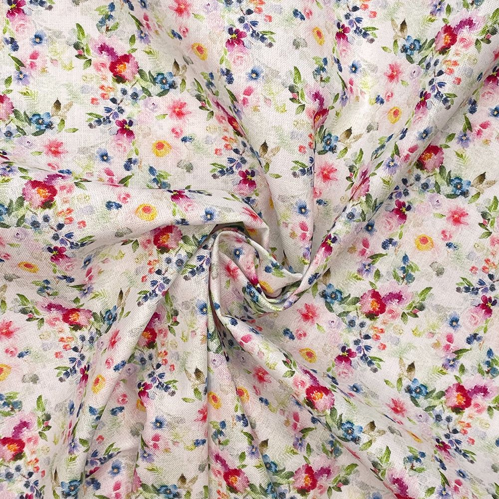 100% COTTON, 140 CMS WIDE, 150GSM. VINTAGE FLORAL, SMALL ROSES WHITE.