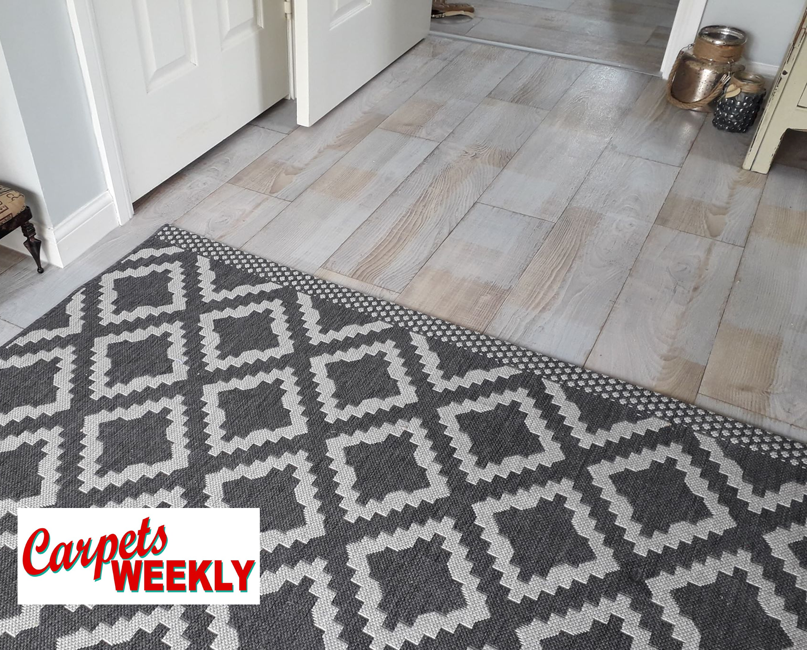 Carpets WeeklyEverest Vinyl Flooringel with Grey Oak laminate Combi 1