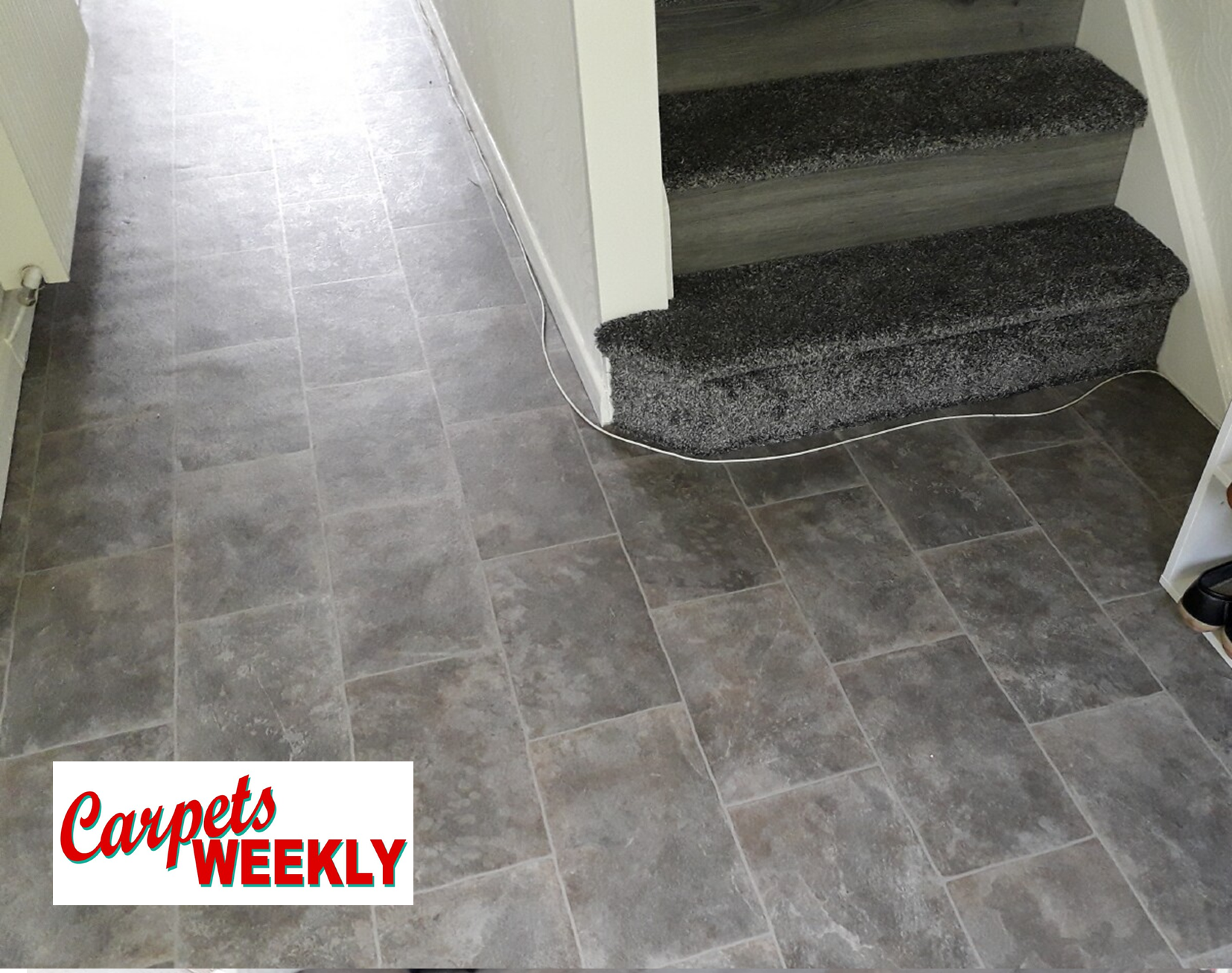 Carpets Weekly Apollo Deep Grey Carpet with Grey Oak laminate and Everest Vinylate Combi 2