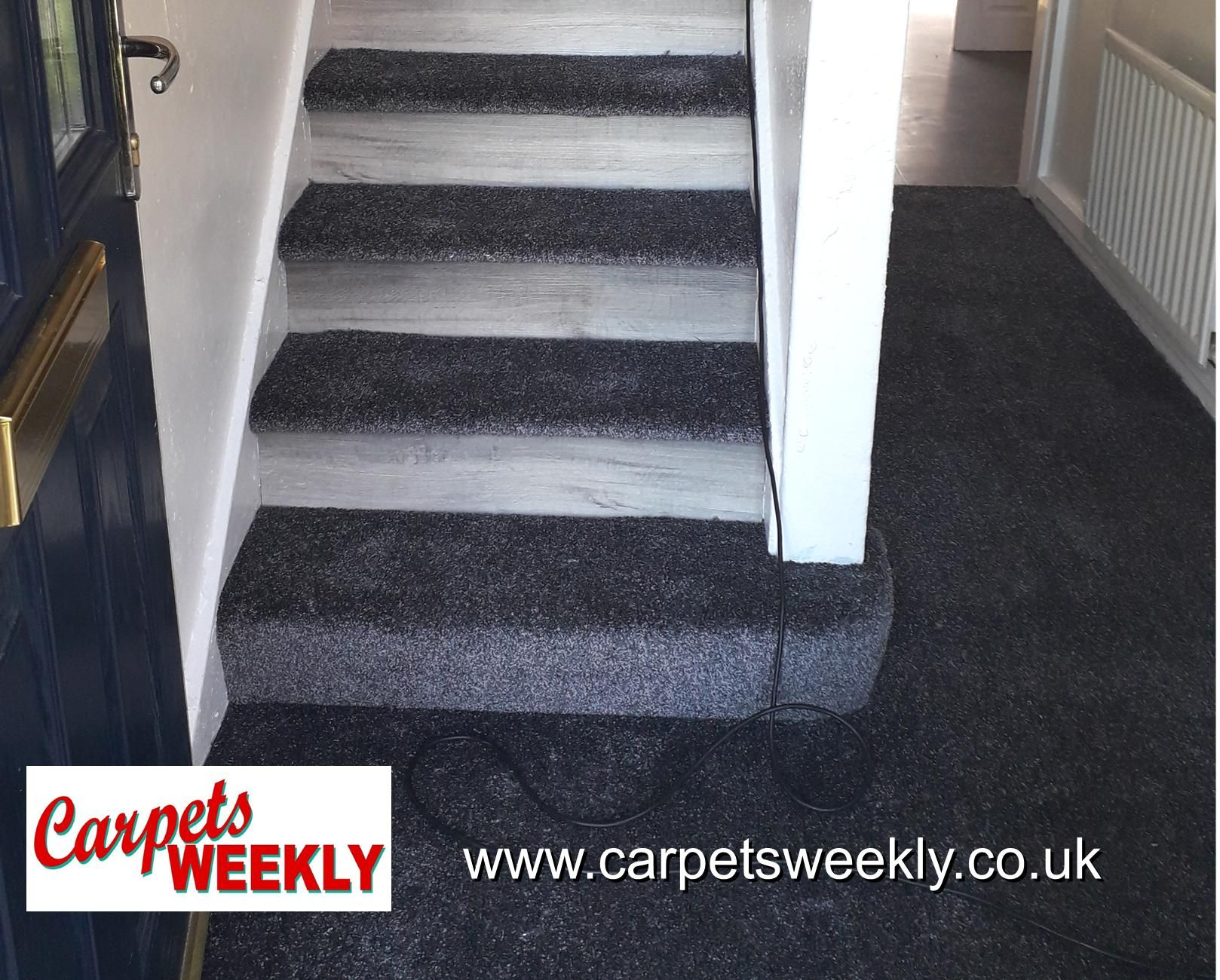 Carpets Weekly, Combi Stairs - Apollo Dark Grey Carpet and NEW Grey Oak LVT on the risers 4